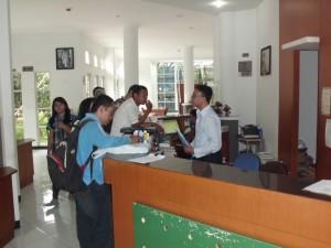 Layanan dan Fasilitas Perpustakaan